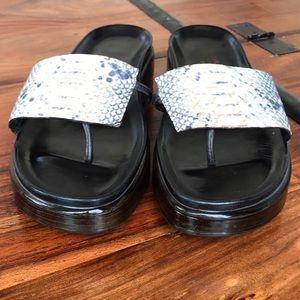 Donald J Pliner Sandals